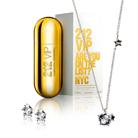 ''Femme étoilée'' : parfum et bijoux